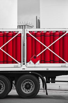 Gasflaschen auf Transporter