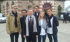 Avec une partie des jeunes entrepreneurs de DOUKOUVER de Valognes