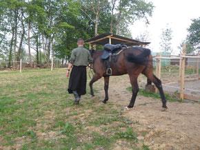 John C avec son cheval Mukhuna adepte de la monte cosaque et plus particulièrement nomade (PHOTO 2018)