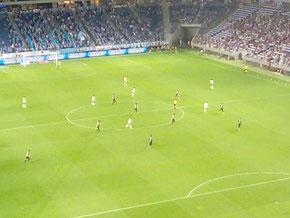 吹田スタジアム、ビジター席最前列からの眺望