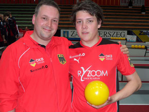 Jan Kuschinsky (links) mit Dominik Kunze bei der U18-WM 2013 in Zalaegerszeg, Foto: DKBC