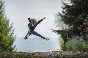 Michaela Hold Aufstellungscoaching Life Coaching Einzelaufstellung Familienaufstellen Holistic Pulsing Ausbildung spirituelle Lebensberatung Kartenlegen Quantenheilung Reiki