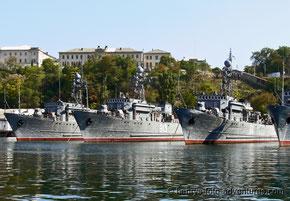 russische Kriegsschiffe