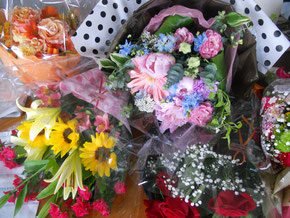 沢山のお花に囲まれて幸せ