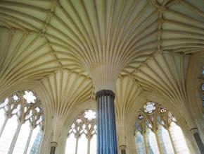 Wells Cathedral mit Scherenbögen
