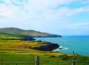 ruhig und ewig die unverbaute grüne Küste