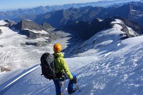 Abstieg von der Aiguille du Croissant 4260m