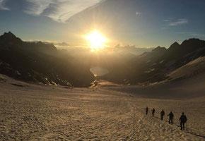 Morgenstimmung auf dem Oberaargletscher