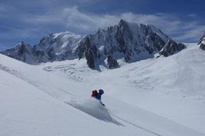 Glacier Noir Abfahrt ins Valée Blanche mit «Mont Blanc» Kulisse