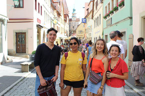 German Language Summer Course University of Würzburg, cultural programme, day trip Rothenburg ob der Tauber, group photo international students at Plönlein