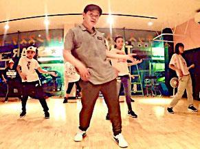 浜松のダンススクール Triple Star がこれまで多くのスーパーダンサーを輩出してきた自慢のクラスがロック初級クラスです。