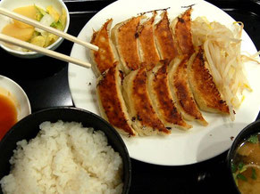 有名な石松ぎょうざのぎょうざ定食(980円)