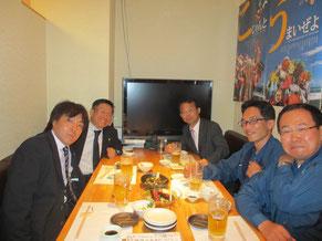 左よりプロテックエンジニアリング関西支店チームリーダーの渡部理氏、野村利允社長、私、日本プロテクトの有木剛氏、加賀山肇社長