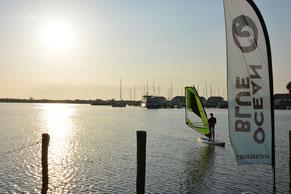 Windsurfen lernen im Salzhaff an der Ostsee-Ostseebad Rerik
