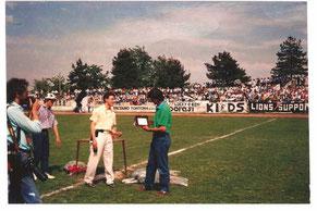 1986-87 Serie C2 Premiazione di Mister Domenghini prima di Derthona-Pontedera 0-0