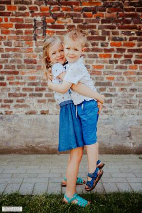 kleuter peuter broer zus fotografie fotosessie liefde fotograaf Gent
