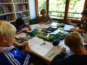 Lesen und schreiben in unserer Bücherei