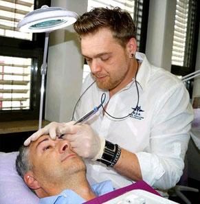 Immer mehr Männer entscheiden sich für Permanent Make-up