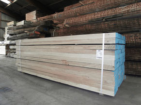 Square Edged, ripped to width, Fresh sawn oak beams, french oak beams, french oak sawmill
