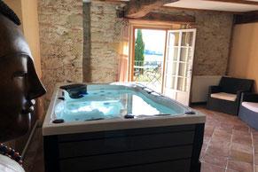 Cuq en Terrasse, Cuq le château, Cuq Toulza, chambre d'hôte Puylaurens, jacuzzi, piscine, Tarn, Pays de Cocagne, Terres d'Autan, office de tourisme, proche de Toulouse