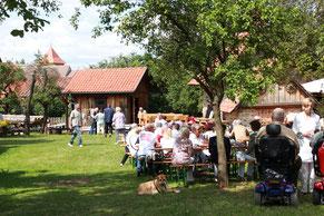 Nicht nur im Sommer wird gefeiert, der Hof bietet auch sonst gelegenheit für gemütliches Beisammensein
