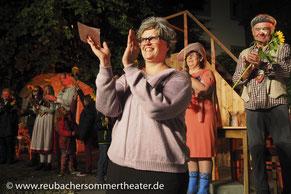 Ständig im Einsatz: Theaterchefin & Schauspielerin Carolin Hinsche. Riesendank ❤️