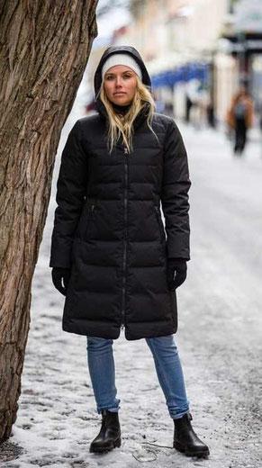 Mini Down Skirt black | skhoop | bei längengrad | Münster