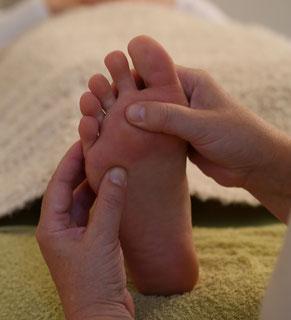 Thoraxbehandlung mit Fußreflexzonenmassage