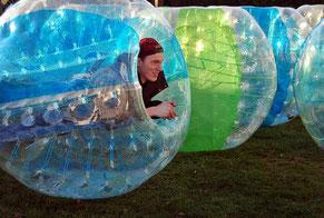 Ideen Schulfest Abischerz Abistreich Bubble Soccer Bumper Ball Fußball mieten Torwand Verleih