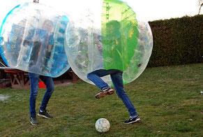 Junggesellenabschied Spiele Frankfurt Bubble Soccer Bumper Ball Fußball Football JGA Fußball