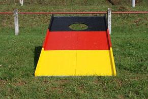 Fussballgolf spielen Karben Frankfurt Hessen Fussball Golf mieten mobil Eventmodule Fussballmodule Verleih