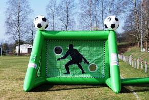 XXL Torwand aufblasbar mieten Frankfurt Eventmodule Fussballmodule Verleih Hessen Eschborn Wetteraukreis