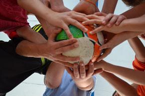 Fußball Teamevent Teamtraining sportlich team Event Torwand Fußballdart Dartscheibe