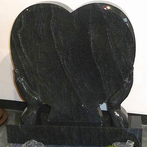 Grabstein Grabmal Herz mit Händen