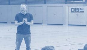 DBE Vorträge | David Breuer Erfolgsupdates. Speaker / Redner, Referent, Performance-Coach, Experte für Gewinner-Gewohnheiten.