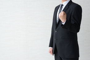 Rサポートの代表(田中氏)について紹介します。