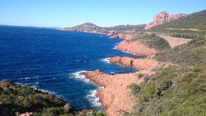 Cap Roux, Route