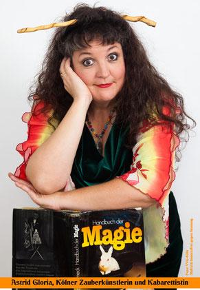 Astrid Gloria, Zauberkünstlerin, Zauberkunst in Köln