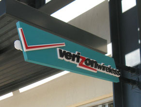 Verizon 2 Projecting Sign