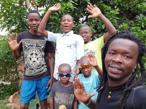 Kinder von ärmsten Familien sind willkommen