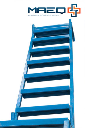 Escalera interna para andamio