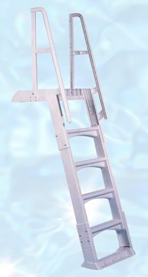Scale per piscine interrate in resina regolabile