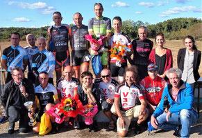 Les podiums de chaque catégorie: les V3C en nombre...!