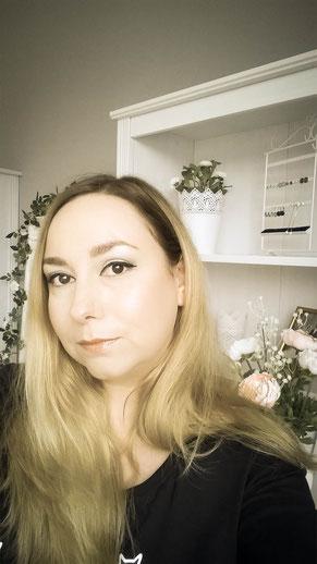Brautmodendesignerin Bethina Lellig