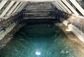 Photos  du château d'eau et de la  nappe prises par J.C. BIGAUT.