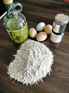 Zutaten für selbstgemachte Pasta