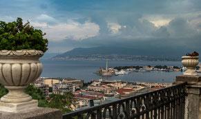 Messina; Panoramablick; Straße von Messina, italienisches Festland, Sizilien