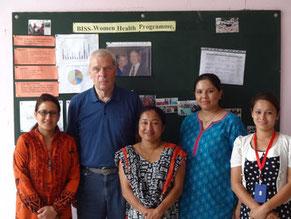 Nepahilfe für Erdbebenopfer in Nepal, BISS-Stiftung u. Rotary Doctors, Jörg Bahr zur Erdbebenhilfe, Dhulikhel Hospital bei Kathmandu