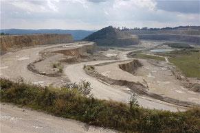 Das RP gab einem Widerspruch von Holcim die Süderweiterung des Kalksteinbruch betreffend Recht.    © Daniel Seeburger