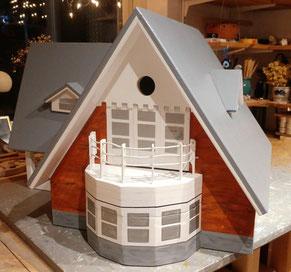 Nestkast met voederhuis , vogelvilla, vogelhuis luxe, kleine vogels, vogelhuisvilla,
